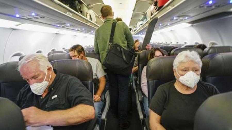 Italia suspende vuelos desde Brasil por nueva cepa de coronavirus