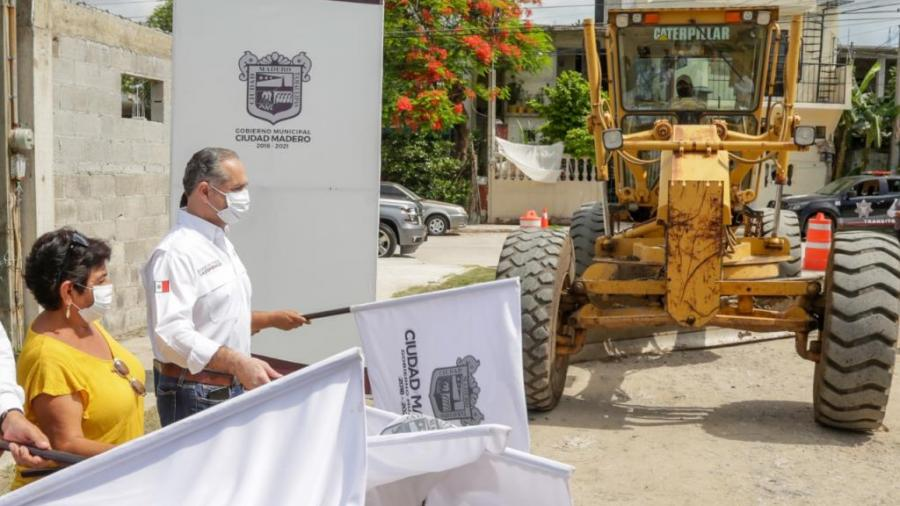 Agilizan los trabajos de pavimentación en  Madero