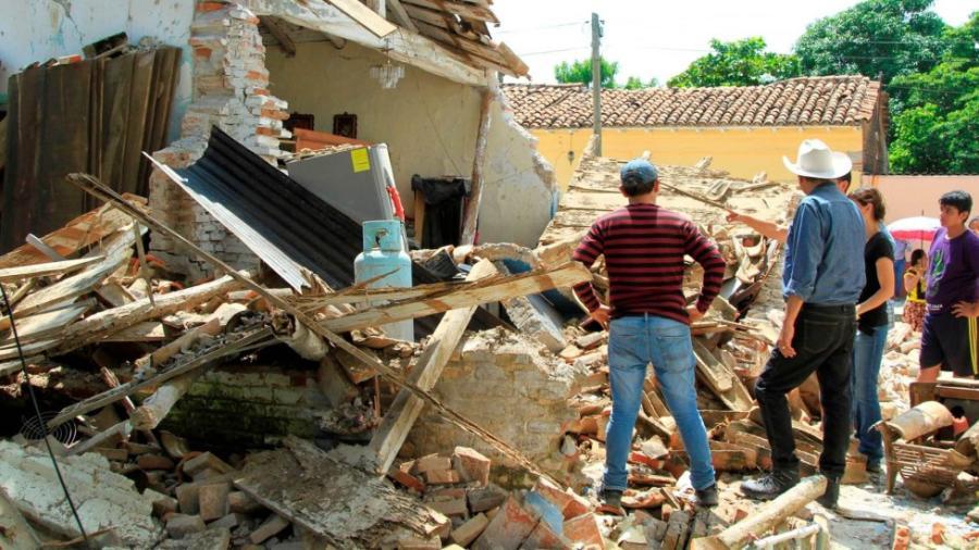 Investigan presunto fraude en reconstrucción de escuelas en Oaxaca