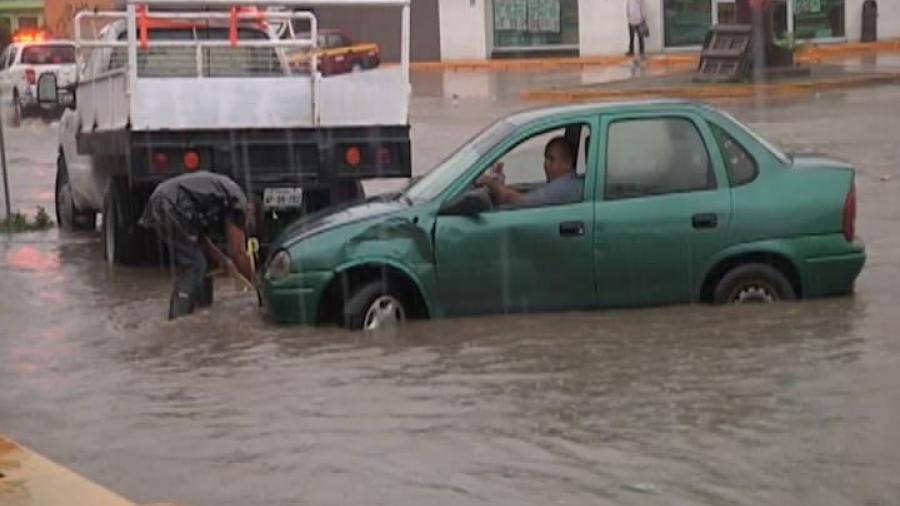 Aún sin solución los problemas de inundación, en el fraccionamiento Villas de las flores y de Altamira