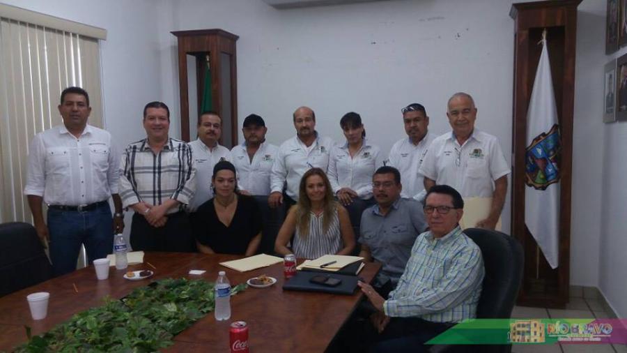 Realizan reunión de la Junta Municipal de Catastro