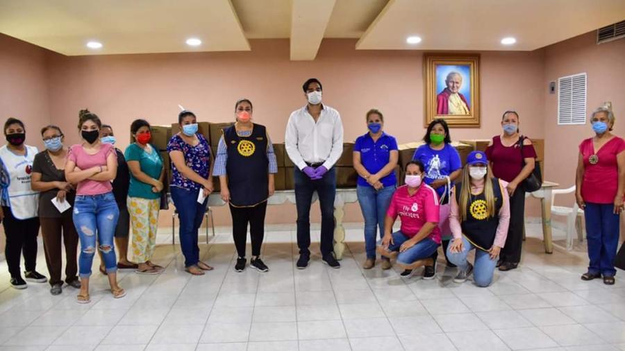Voluntariado del sistema DIF Reynosa entregó apoyos a personas con discapacidad