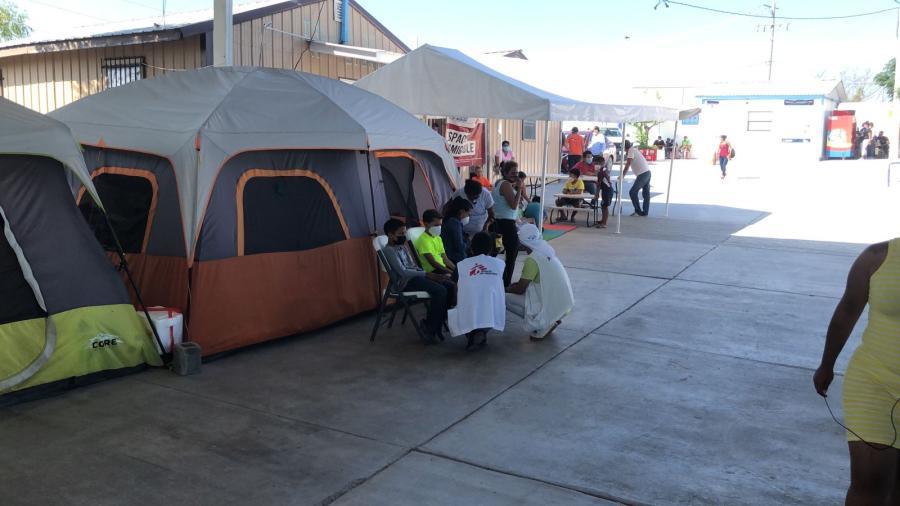 Atención de salud a migrantes incluye difusión de medidas sanitarias