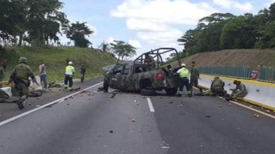 Militares sufren volcadura en carretera de Veracruz, hay 6 heridos