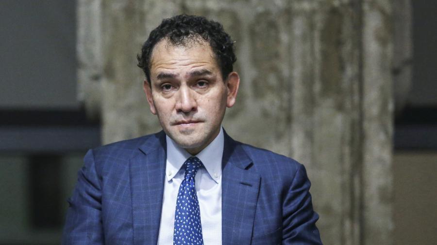 Arturo Herrera informa que se discutirá el pacto fiscal