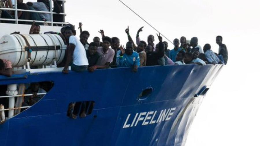Francia acoge a 78 inmigrantes africanos rescatados en el Mediterráneo