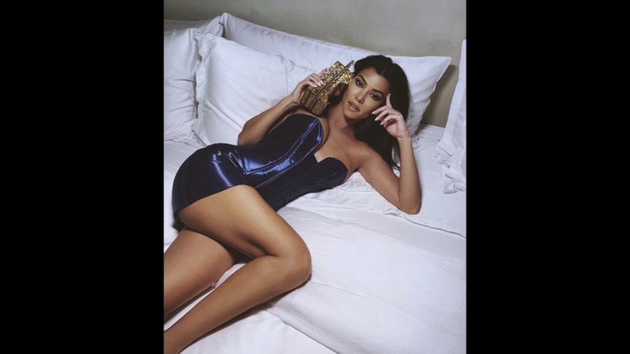 Escrache: Khloé Kardashian usa cola falsa, ¡hay fotos!   TN