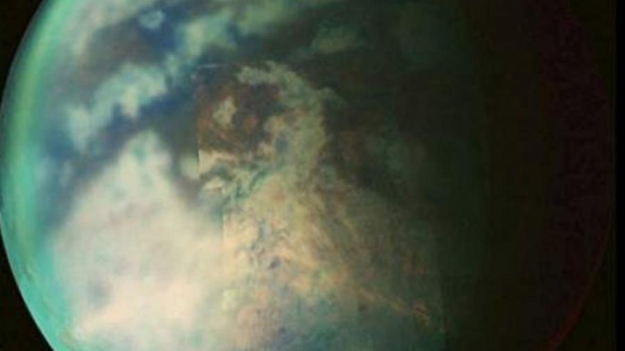 Titán, la luna de Saturno con posibles ríos y lagos