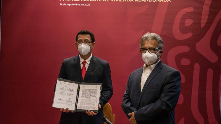 Firma Mario López convenio con INFONAVIT y SEDATU para rescate de viviendas en abandono