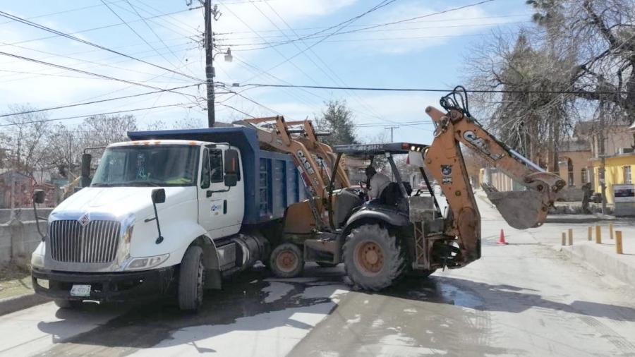 Realiza COMAPA Reynosa limpieza  de red de drenaje en colonias