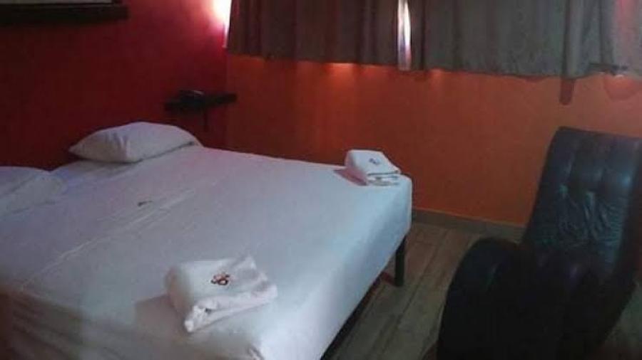 Arrestan a segunda persona por muerte de un menor en un motel de Texas