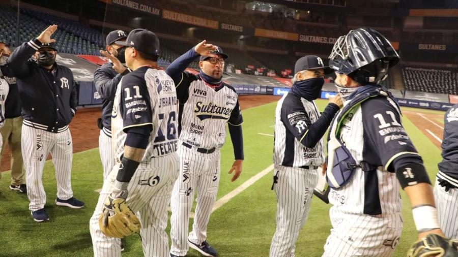 Sultanes de Monterrey reconoce el esfuerzo de su equipo