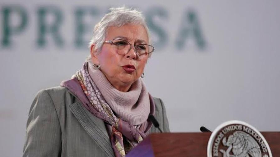Cancelan registro como fedatario público a Olga Sánchez y otras 1,021 personas