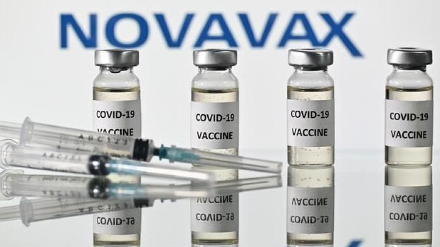 Vacuna de Novavax registra 93% de efectividad contra variantes del COVID-19