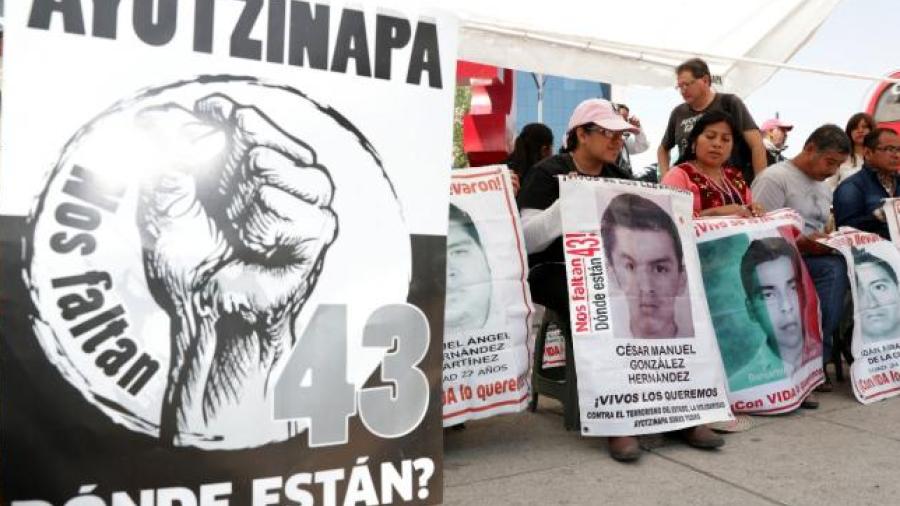 Ordenan liberación de 4 implicados en caso Ayotzinapa