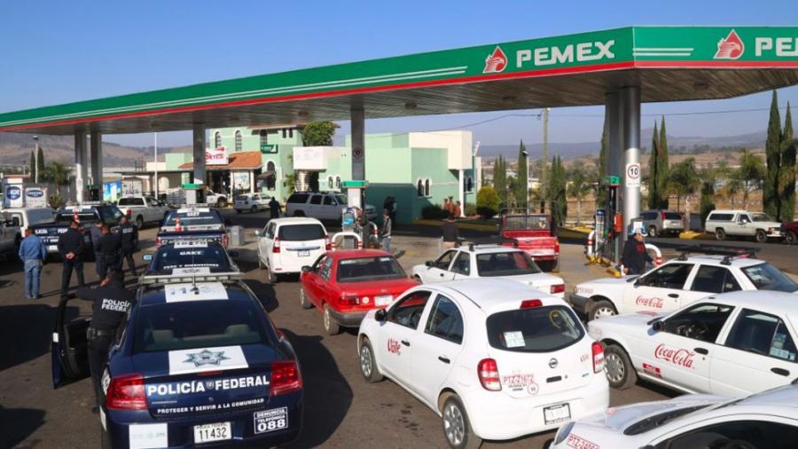Cerca de 400 patrullas detenidas en Michoacán por falta de gasolina