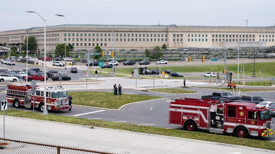Ataque cerca del Pentágono deja un policía muerto