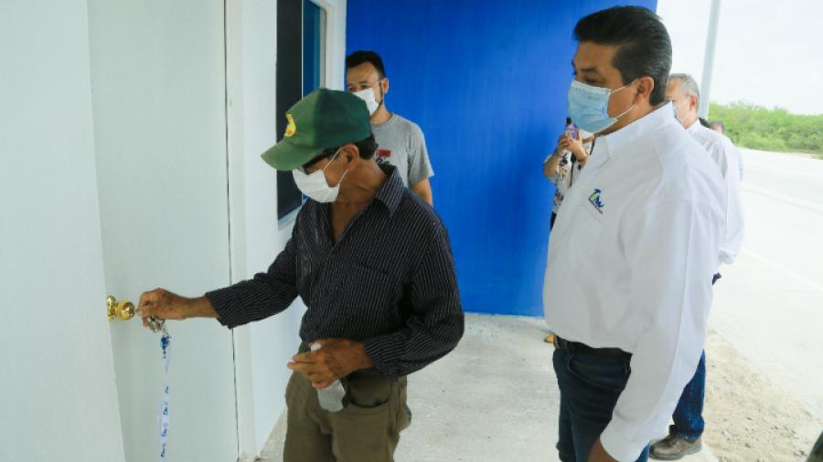 Entrega Gobierno de Tamaulipas viviendas a familia de  pescadores