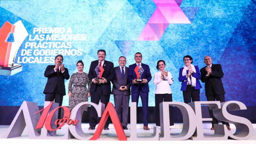 Premian a Rivas por impulsar desarrollo regional fronterizo