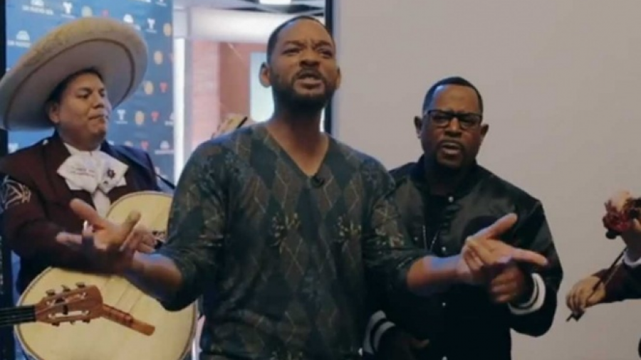 "Will Smith y Martin Lawrence cantan ""Bad Boys"" con mariachi"