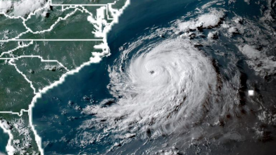 Huracán Chris sube a categoría 2 y se aleja de costa de EU