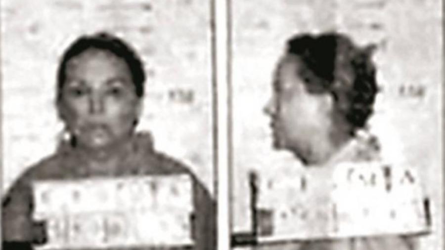 Busca Elba Esther borrar su ficha de prisión