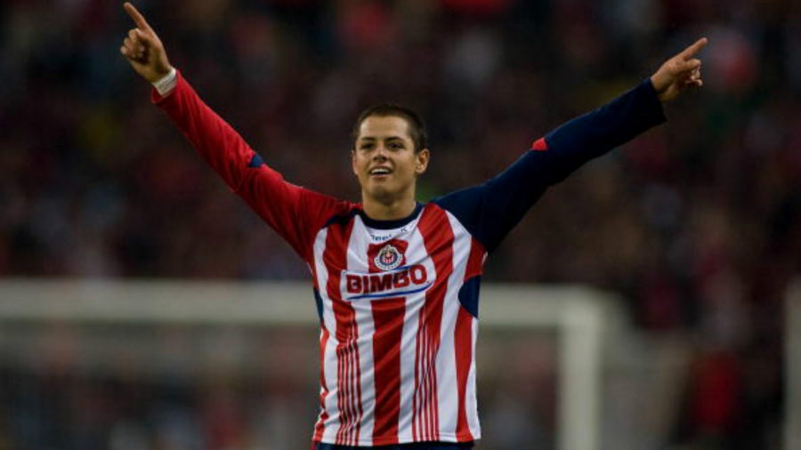 Chicharito es transferible con West Ham; Chivas lo quiere