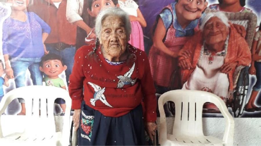 Mujer que inspiró a 'Mamá Coco' acaba de cumplir 108 años