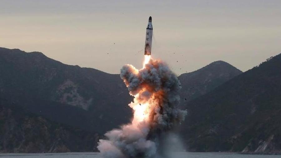 "Corea del Norte vuelve a disparar ""proyectiles no identificados"""
