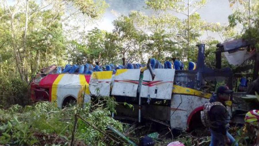 Accidente carretero deja al menos 25 muertos en Bolivia