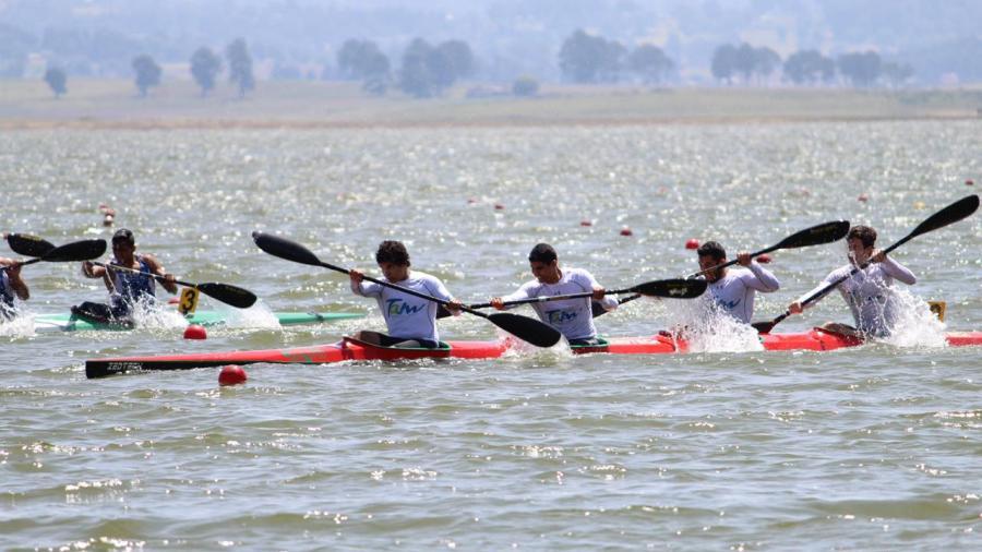 Canoistas continúan proceso de preparación rumbo a la Olimpiada Nacional