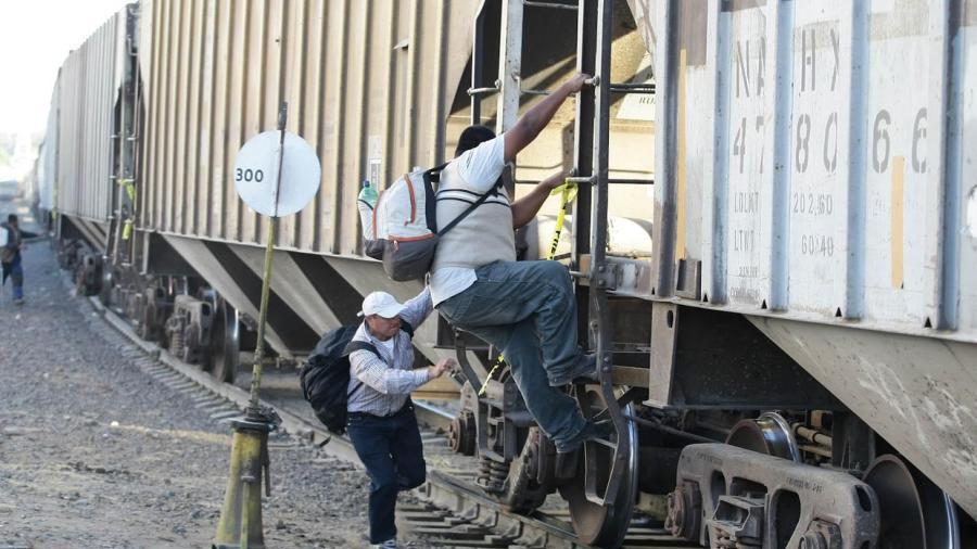 Migrante sufre amputaciones al caer de tren en Piedras Negras