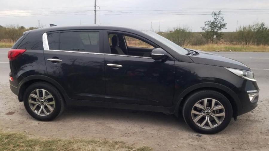 Policías aseguran dos vehículos y detienen a una persona en Reynosa