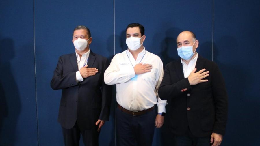 Por coalición 'Sí por San Luis', Octavio Pedroza se registra como candidato a gobernador de SLP