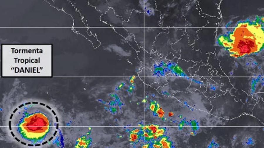 """Tormenta Tropical """"Daniel"""" al suroeste de BCS"""