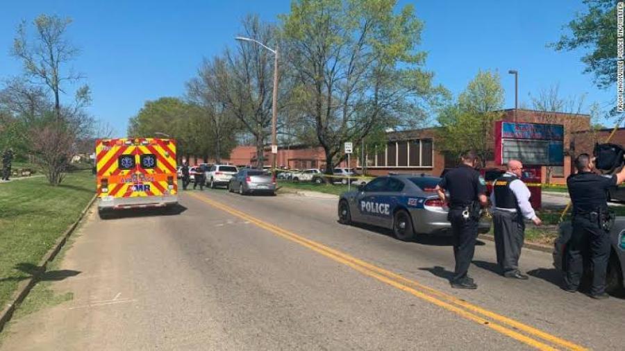 Dos muertos y 12 heridos luego de tiroteo en Tennessee