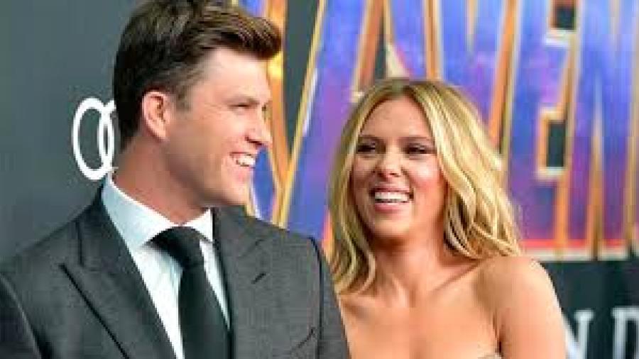 Scarlett Johansson y Colin Jost se comprometen