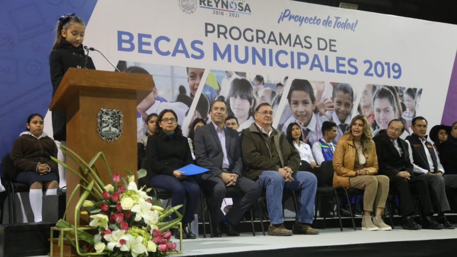 Cubren Becas Municipales todos los niveles educativos