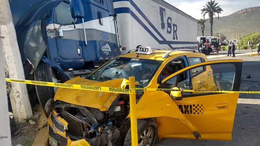 Dos muertos tras choque en Saltillo
