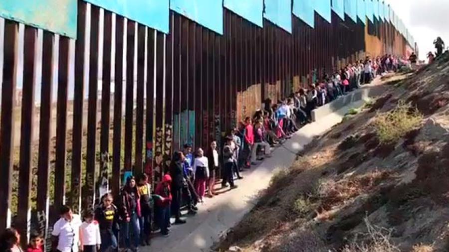 Trump negará residencia a inmigrantes legales que usen beneficios públicos
