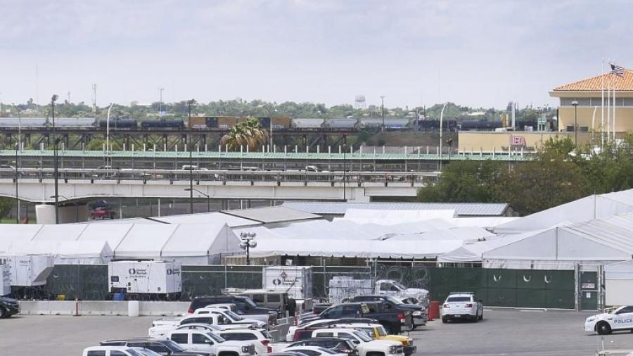 Inician audiencias por videoconferencias de solicitud de asilo en Texas