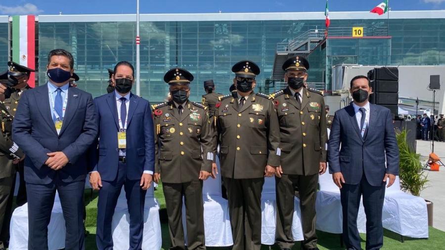 Acude Gobernador de Tamaulipas a la inauguración de la Feria Aeroespacial México 2021