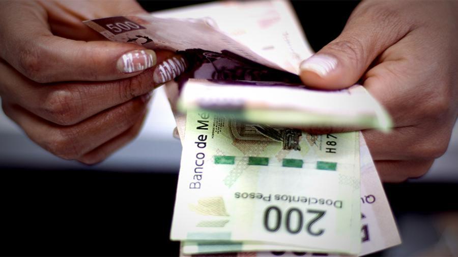 No habrá retroceso en salarios: AMLO