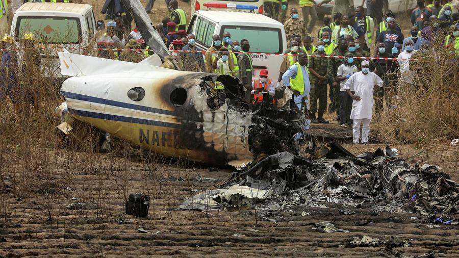 Se estrella avión de rescate en Nigeria y deja siete víctimas