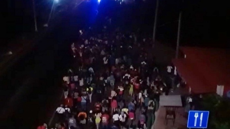 Caravana parte rumbo a Huixtla