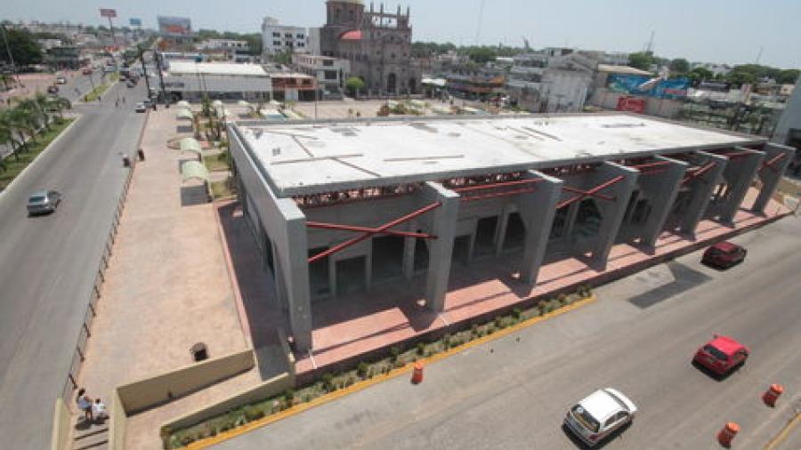 Plaza Isauro Alfaro sigue sin concretarse como espacio público y comercial