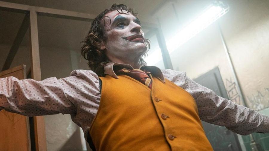"""""""Joker"""" permanece en la cima de las taquillas"""