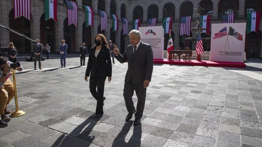 AMLO y Kamala Harris acuerdan temas de la agenda bilateral