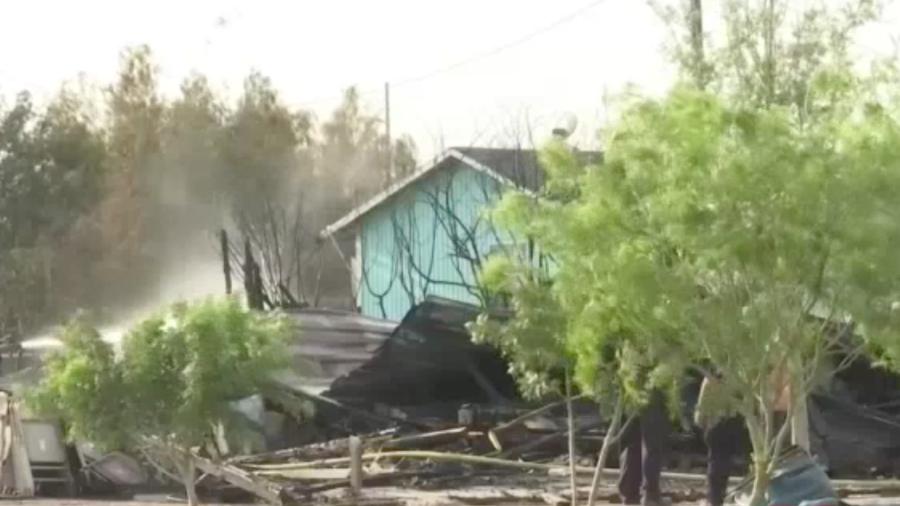 Familia de Mercedes se queda sin nada tras incendio
