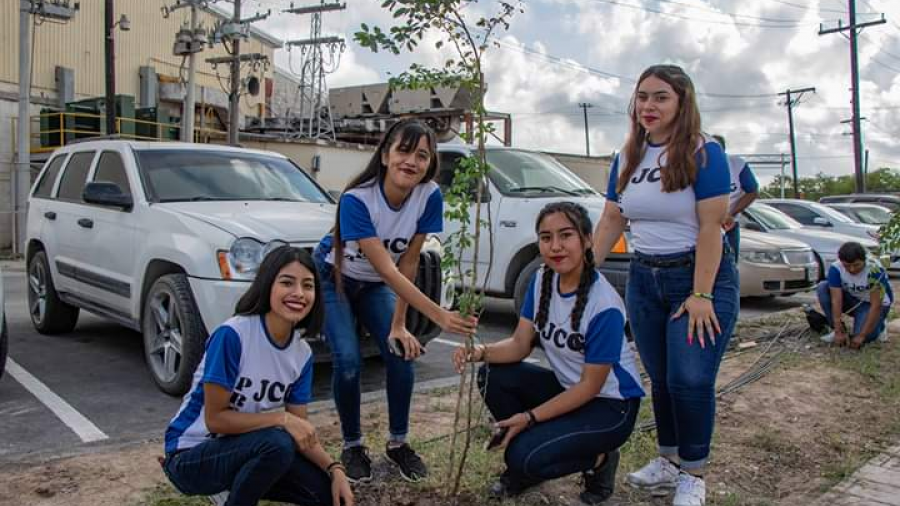Suman esfuerzos empresarios, regidores y alumnos de prepa con alcalde Mario López